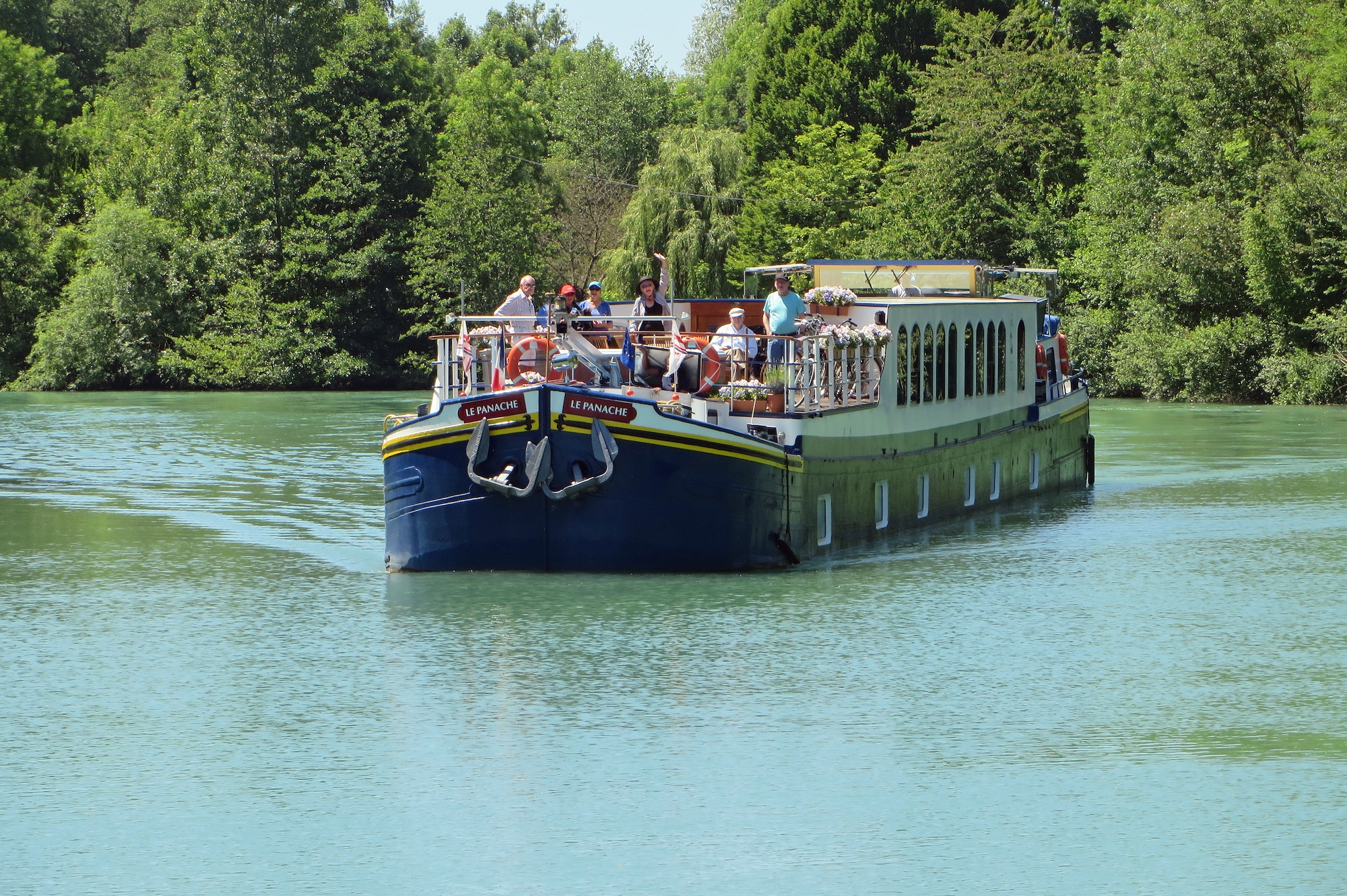 Spa Chalons En Champagne panache hotel barge champagne | endless beginnings